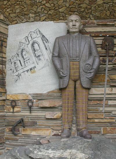 Statue Of Thomas Child Gilgal Garden
